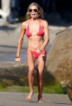 Leann Rimes Celebrates Her Birthday On Beach In Malibu - Part 2